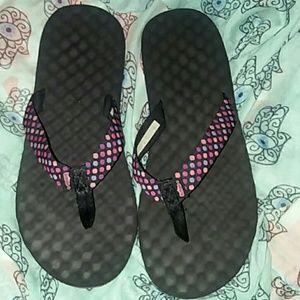 Simple flip-flops black with polka dots. Sz8